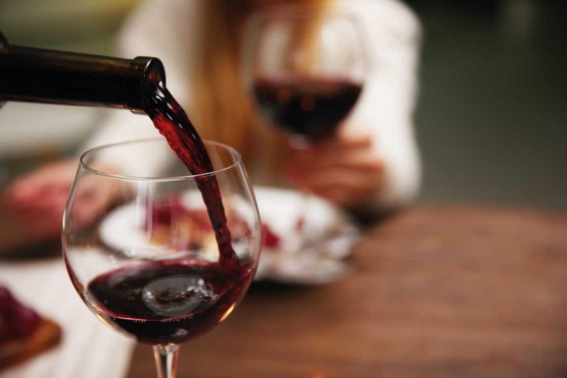 Weinausschank in der Gastronomie als Referenz für unTill®
